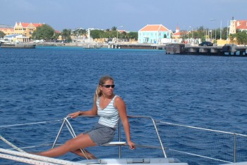 Sailing fast and flat into Kralendjk, Bonaire