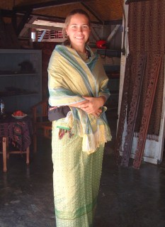 All dressed up, Lombok style!