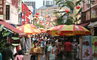 A street scene in Singapore's Chinatown 2006