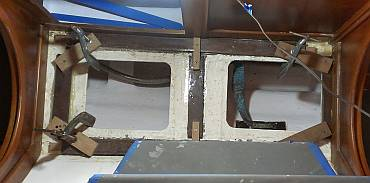 Houa glued the final floor supports over newly gelcoated bilges