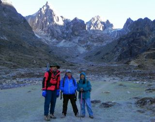 Jon, Tenzing & Pema - pass is above Pema