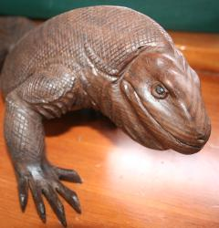Komodo dragon carving