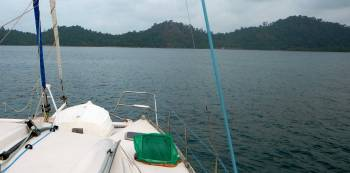 Approaching our S Petong Island anchorage