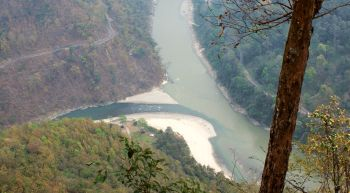 Winding roads along Ranjit and Teesta Rivers, W. Bengal to Sikkim
