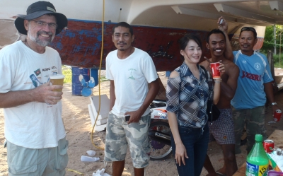 Jon, Golf, Golf's wife Mai, a worker, and Meng, our carpenter