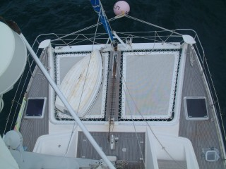 Foredeck from the 1st spreader w/radar & pulpits