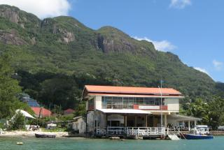 Magnet to cruisers: the Seychelles Yacht Club
